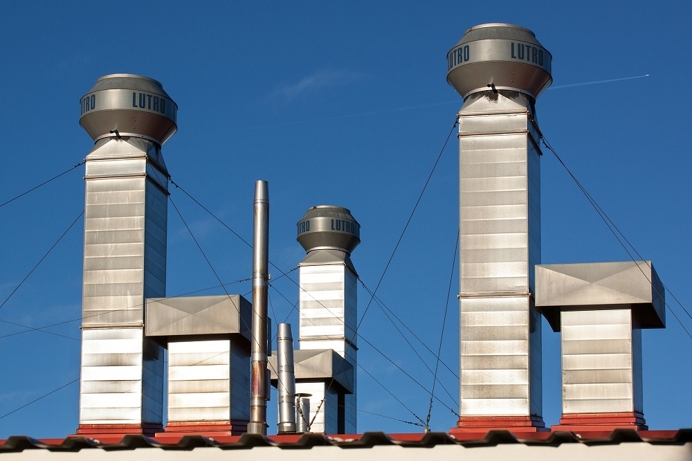 arreglo de chimeneas reparación y reforma en tejados de donosti extractores de humo